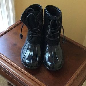 NWOT Seven7 boots: Size 10